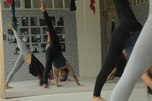 Contemporary Dance Classes for Beginners in Bangalore Indiranagar at FLUX